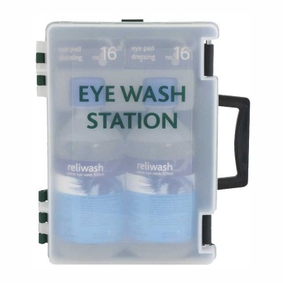Double Eyewash Station in box with wall bracket
