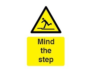 Mind the Step Sign - self-adhesive vinyl 20cm x 30 cm